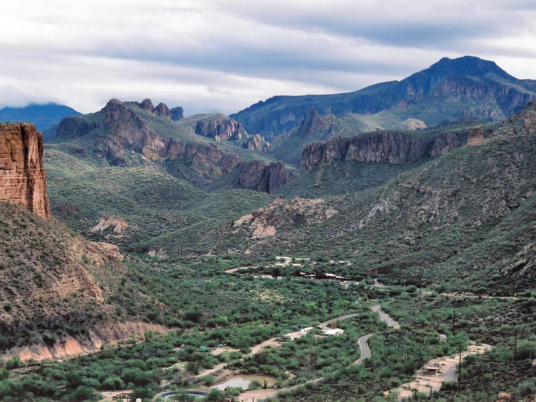 The Apache Trail; view east towards Tortilla Flat