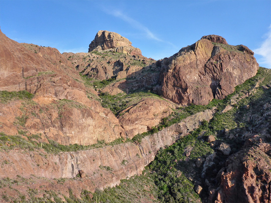 Cliffs above Boulder Canyon