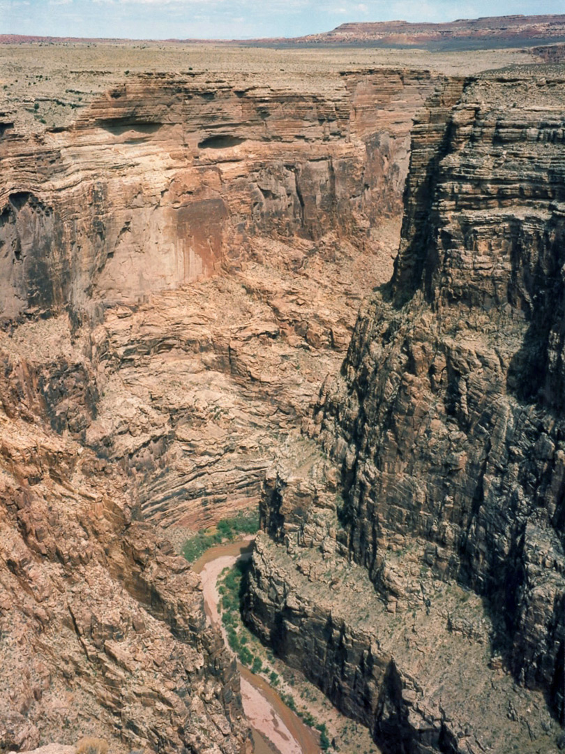 Bend in the canyon