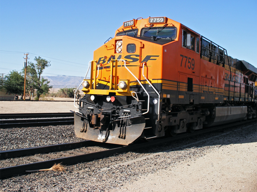 BNSF train at Kelso