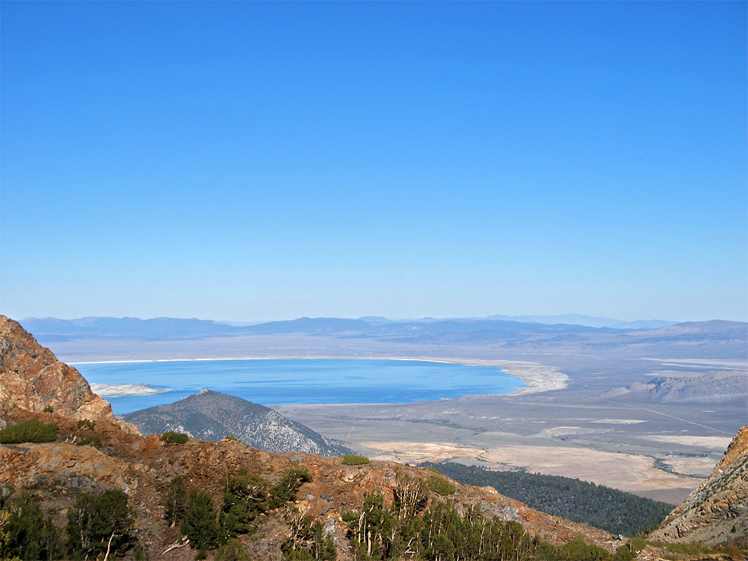 Distant view of Mono Lake