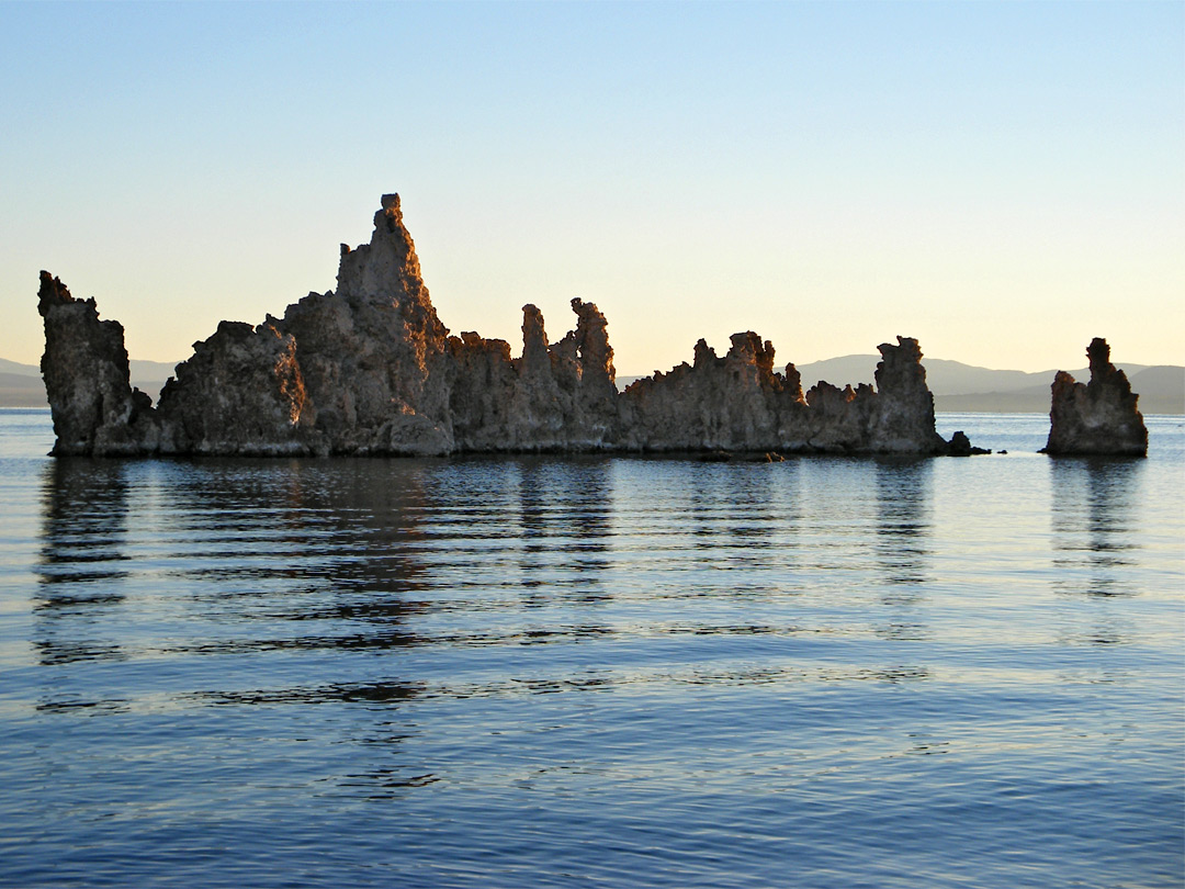 South Tufa formations