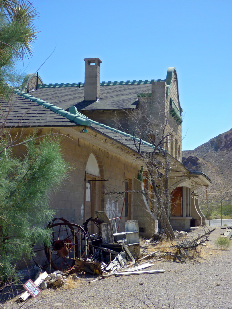 Rhyolite station