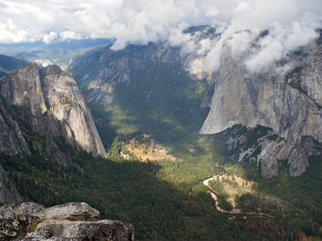 El Capitan and Yosemite Valley