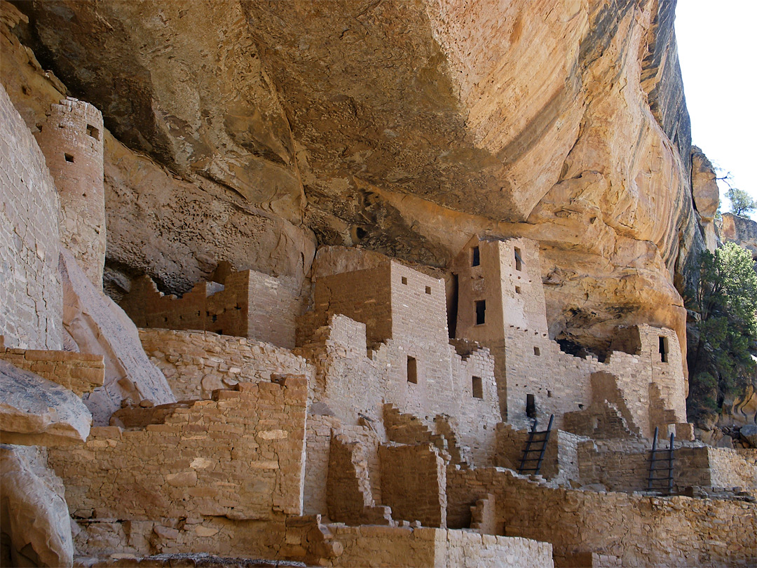 Towers in Cliff Palace