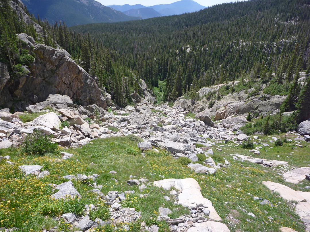 Ravine below the Spectacle Lakes