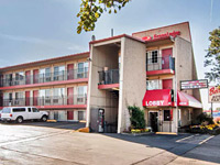 Econo Lodge Portland Near Clackamas Town Center