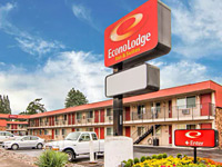 Econo Lodge Inn & Suites Hillsboro