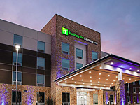 Holiday Inn Express & Suites Oakhurst-Yosemite Park Area