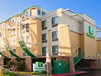 Holiday Inn Oceanside NW - Harbor Area