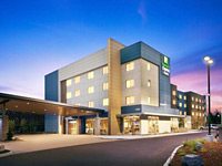 Holiday Inn Express & Suites Portland Airport - Cascade Station