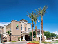 Holiday Inn Express Hotel & Suites Phoenix Glendale