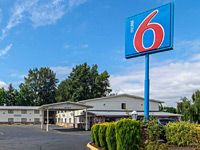 Motel 6 Gresham City Center