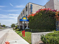 Days Inn by Wyndham Orange Anaheim