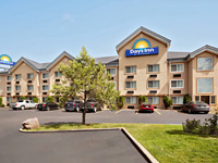 Days Inn & Suites by Wyndham Golden/West Denver