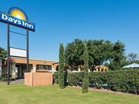 Days Inn by Wyndham San Marcos
