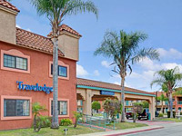 Lynwood Century Freeway Travelodge