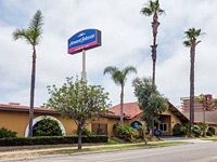 Howard Johnson by Wyndham National City San Diego South
