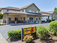 Super 8 by Wyndham Gresham/Portland Area
