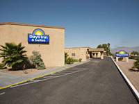 Days Inn & Suites by Wyndham Tucson