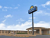 Days Inn & Suites by Wyndham Santa Rosa