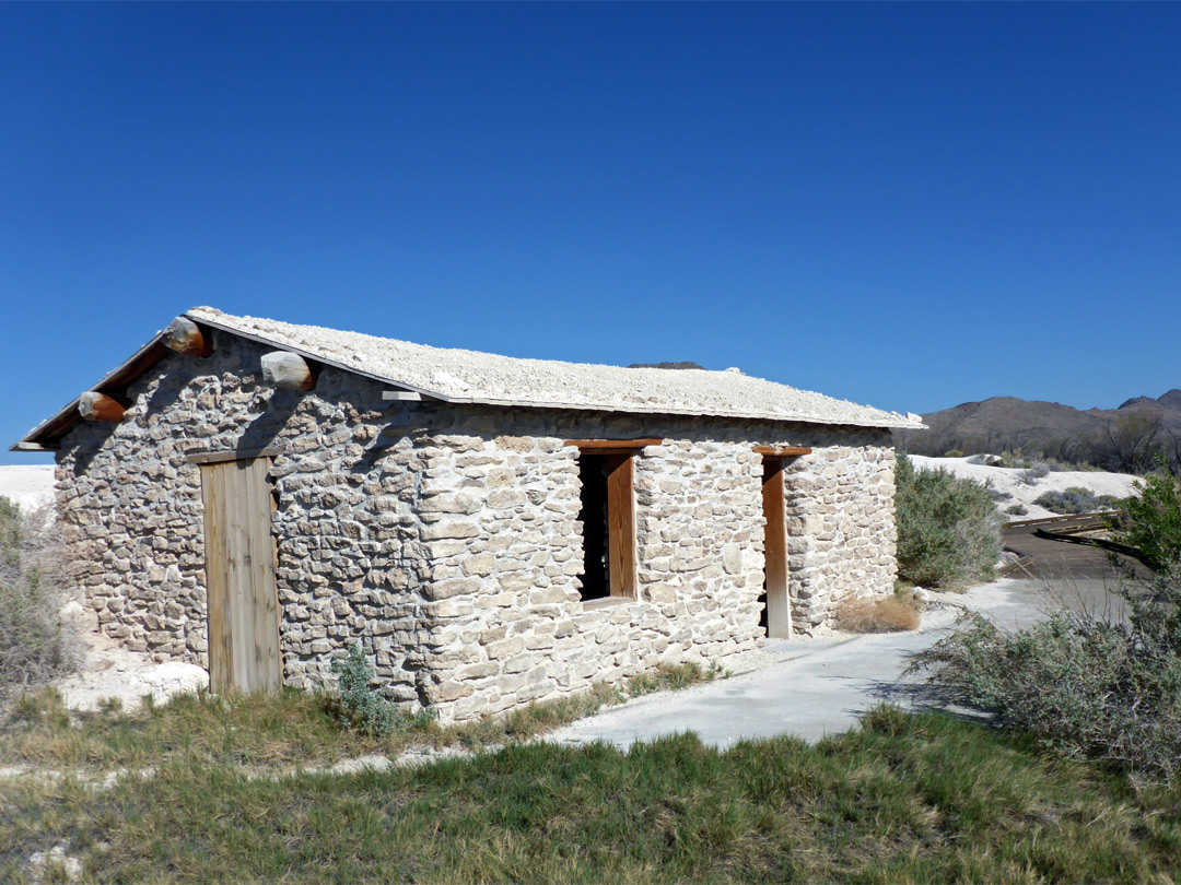 Longstreet Cabin - north
