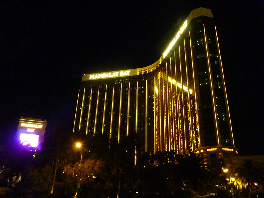 Mandalay bay hotel las vegas strip