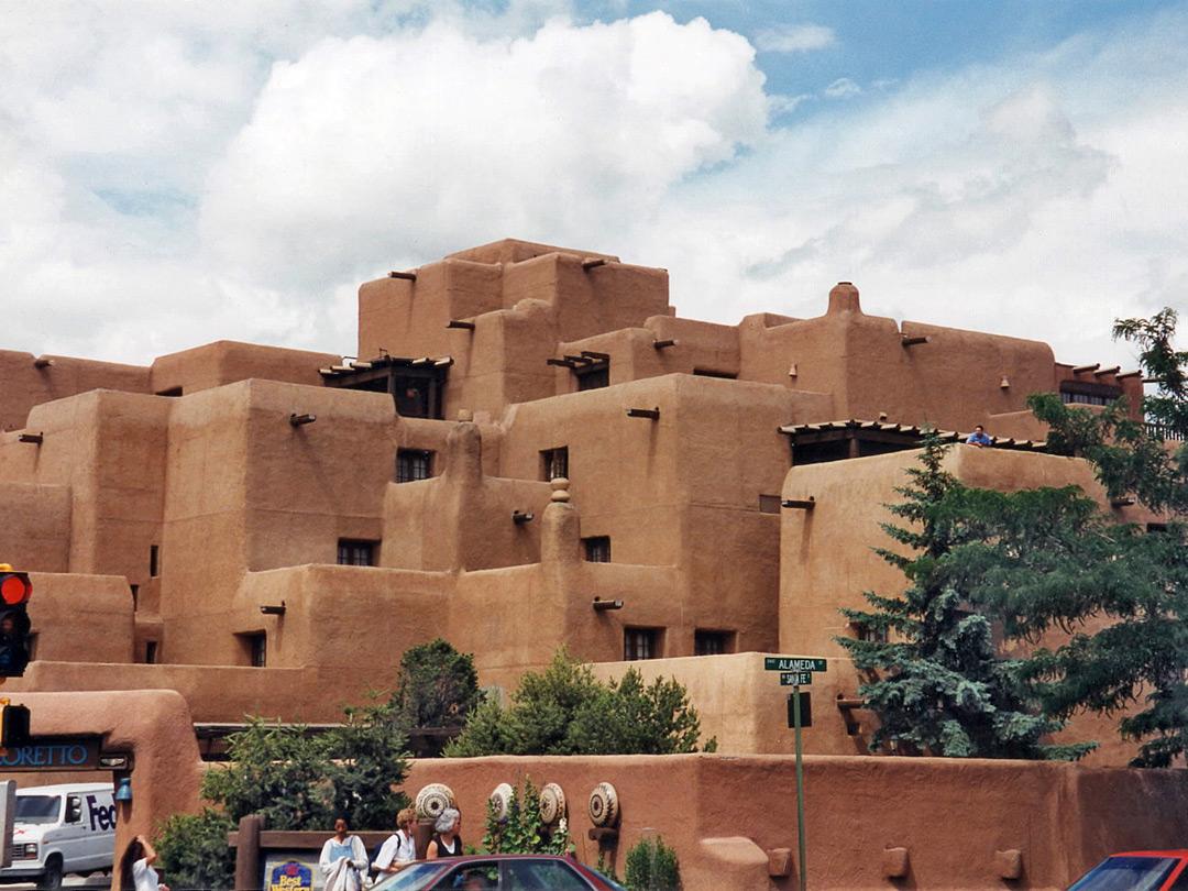 Old Town Santa Fe >> Pueblo Architecture Santa Fe New Mexico