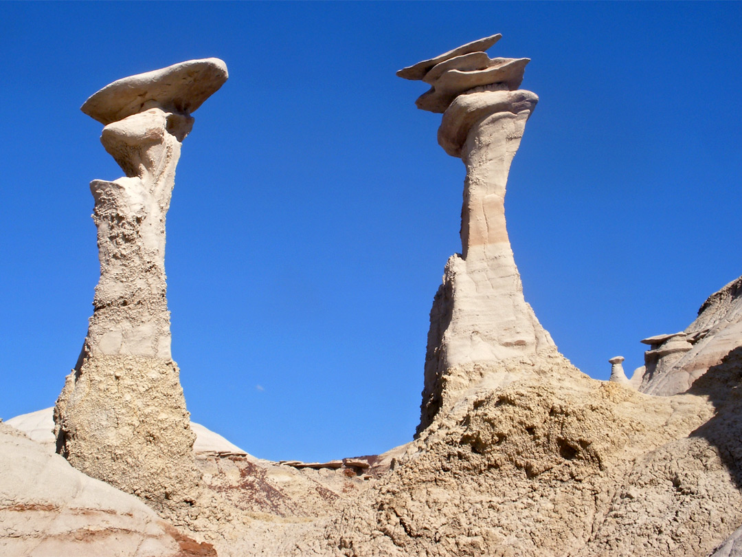 Two hoodoos