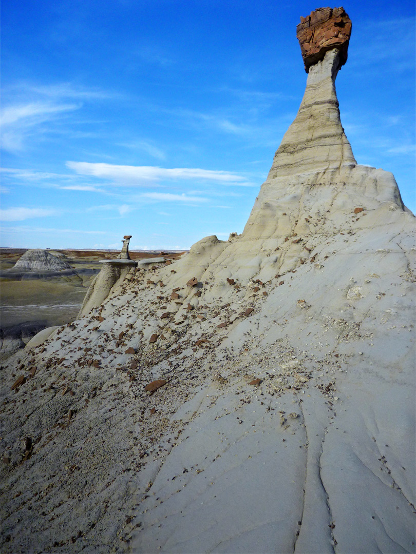 Near and far hoodoos