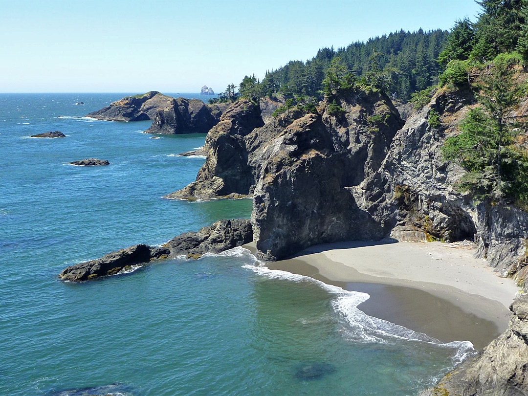 Sandy beach near Thunder Rock Cove