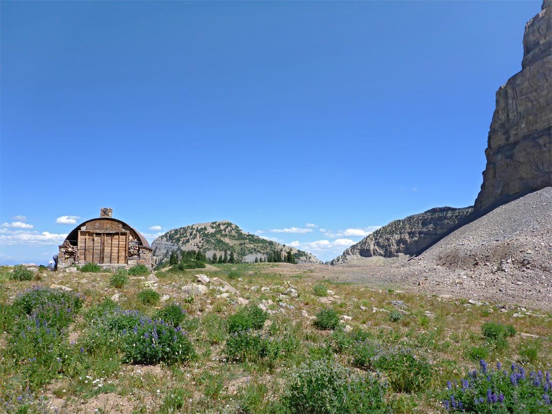 Shelter near Emerald Lake: Timpooneke Trail, Mount ...