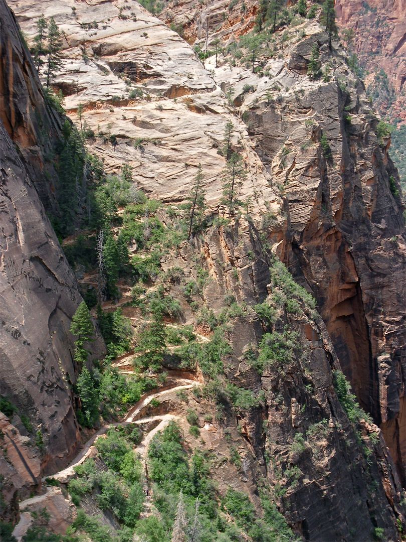 Trail to Hidden Canyon
