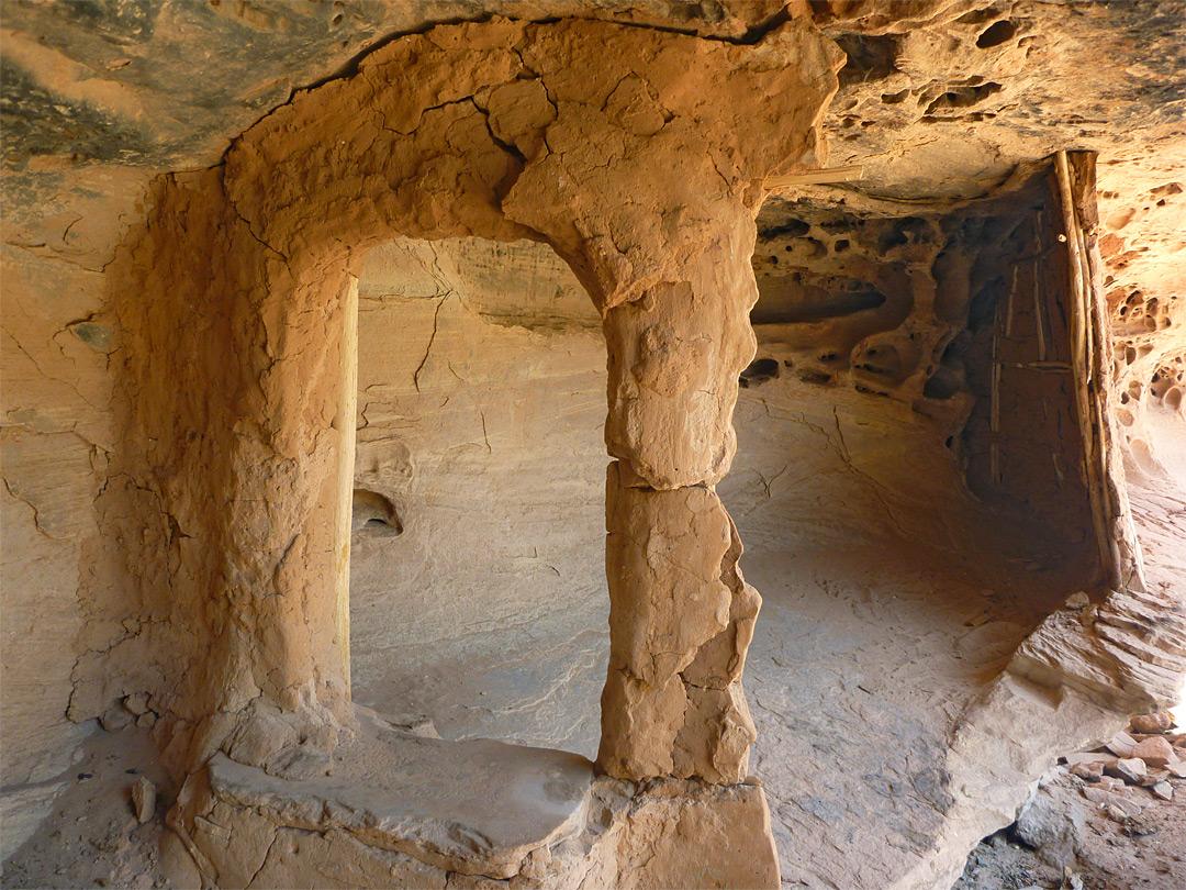 Room At Jailhouse Ruins Bullet Canyon Cedar Mesa Grand