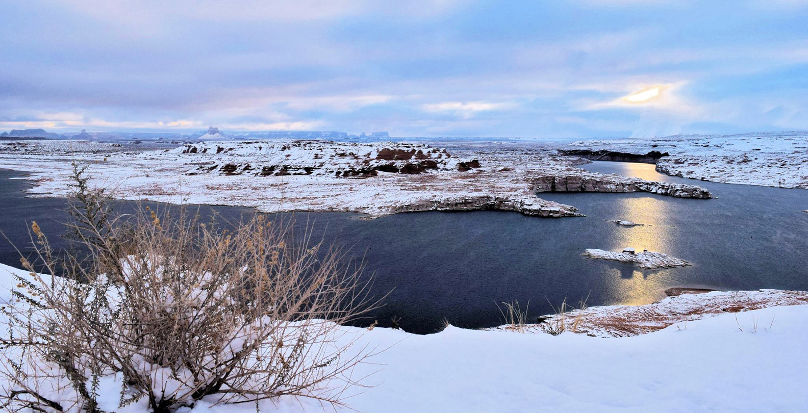 Snow over Lake Powell