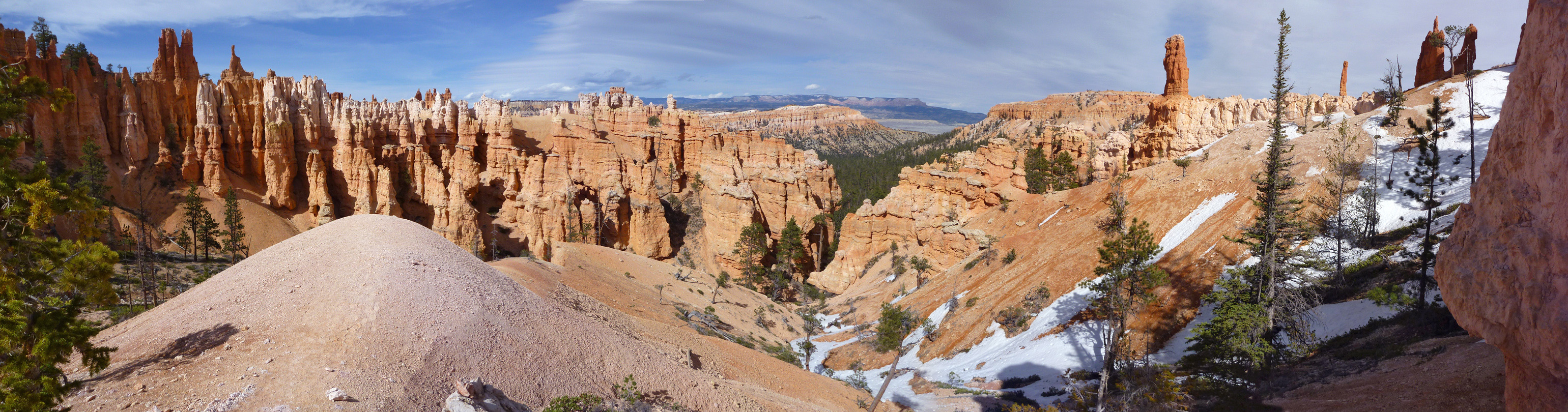 Patches of snow amongst the hoodoos