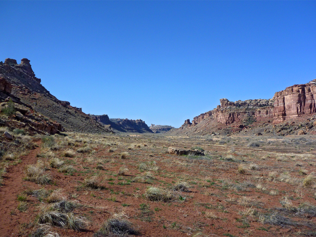 Pictures of Canyonlands National Park in Utah: Red Lake Canyon - southupper red lake ut