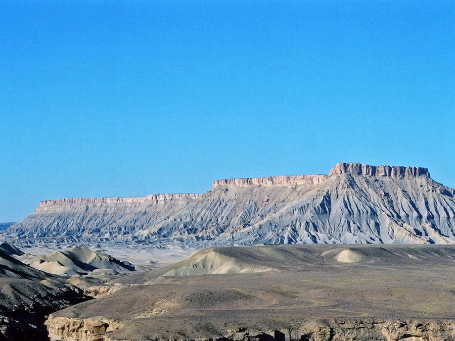 south caineville mesa  factory butte  utah