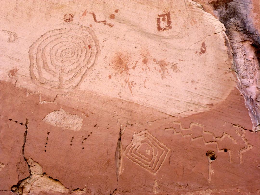 Petroglyphs white canyon natural bridges national monument utah natural bridges national monument petroglyphs publicscrutiny Gallery