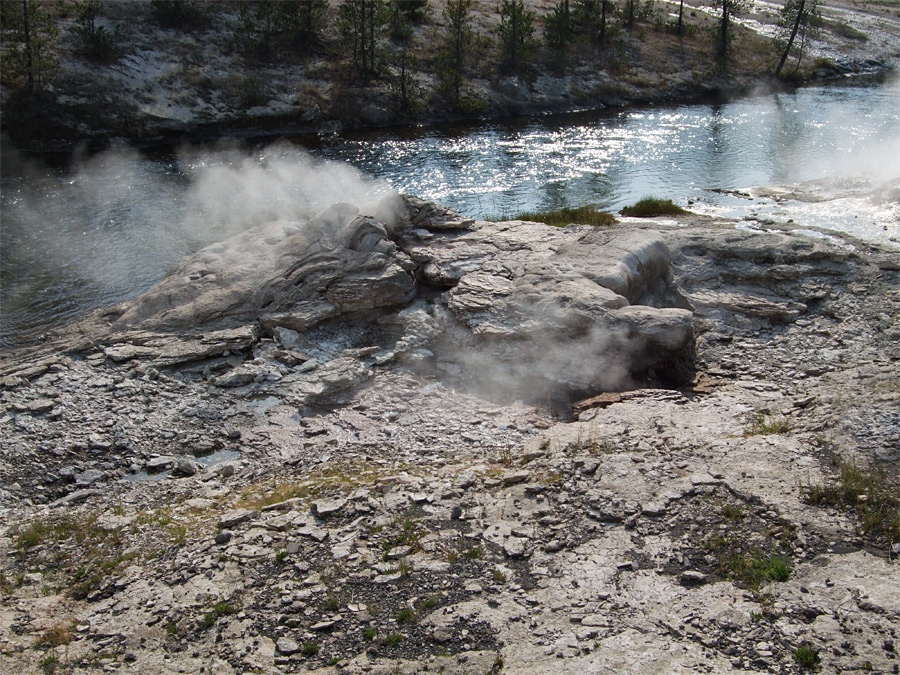 Mortar Geyser and the Firehole River