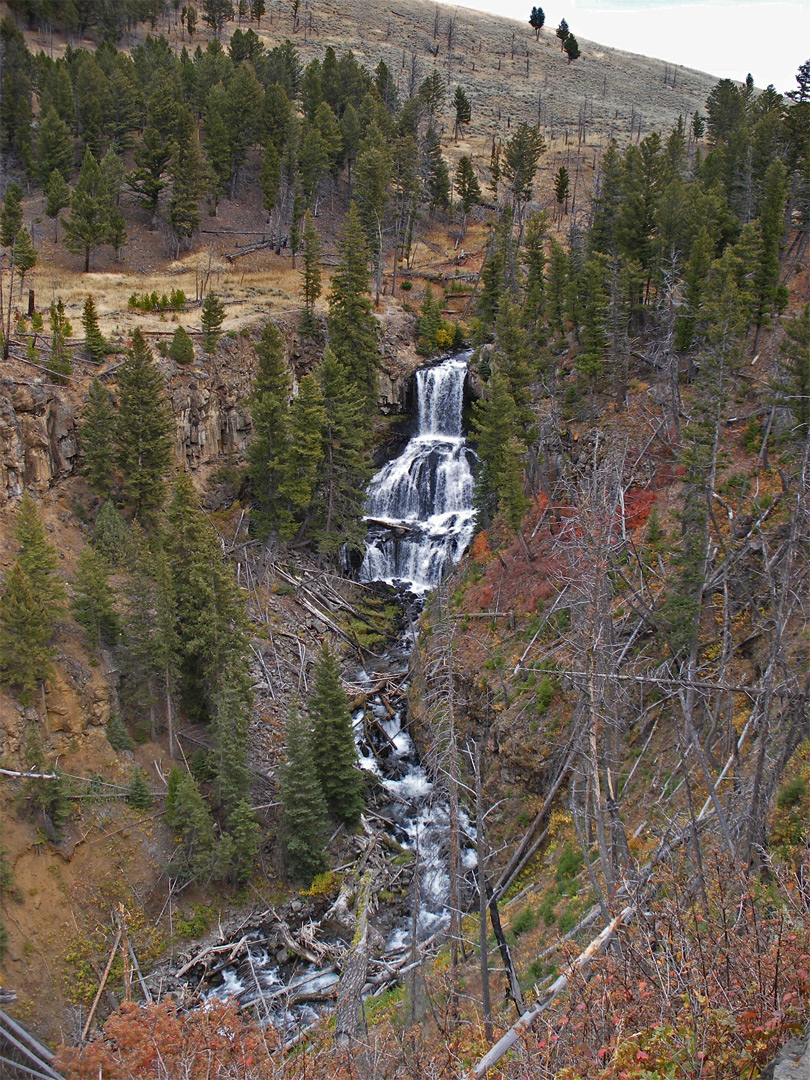 Wide view of Undine Falls