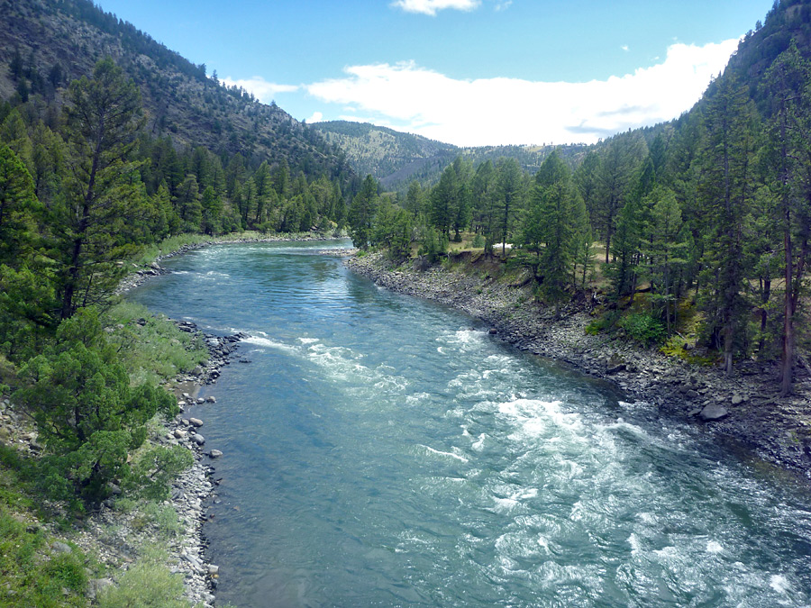 Yellowstone River - upstream: Blacktail Deer Creek Trail, Yellowstone ...